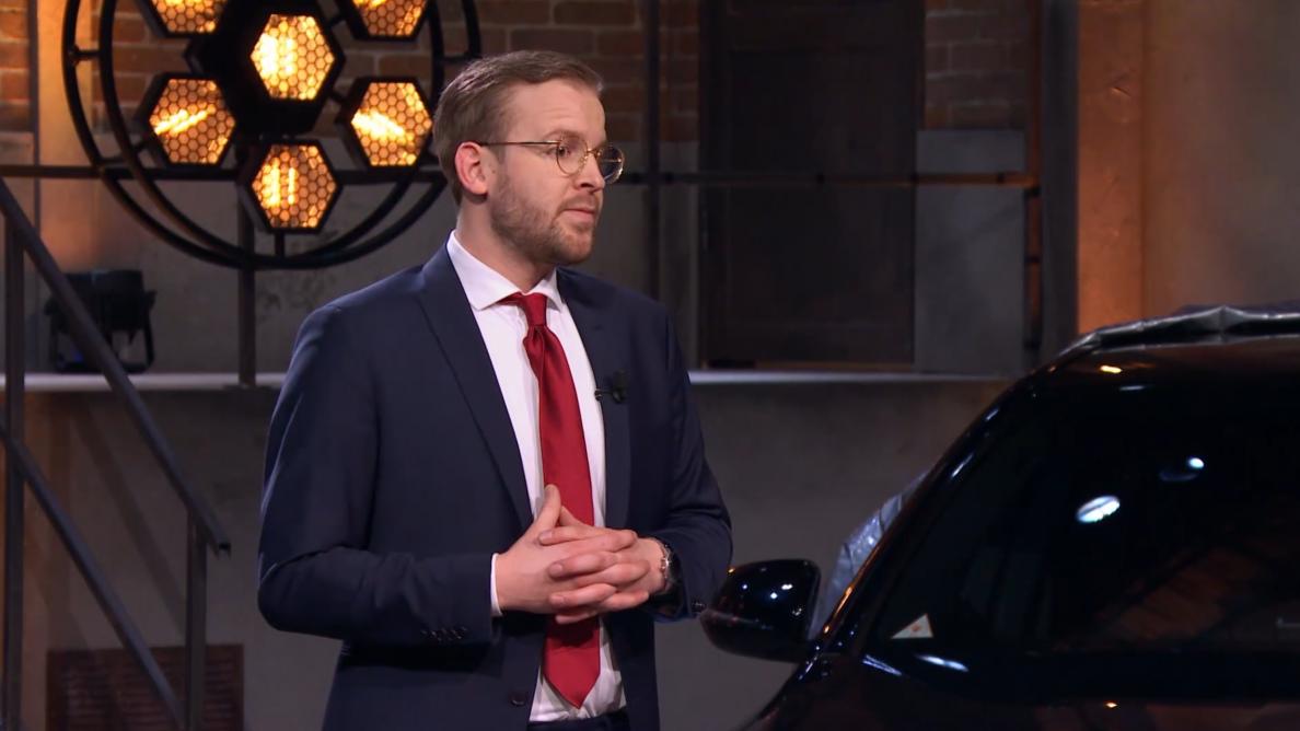 Jonge ondernemer wil miljonair worden met hagelbeschermhoes voor auto's